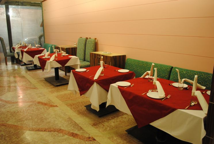 Venkatesh International Hotel Raipur Restaurant